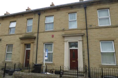 Rhodes Street, Halifax, West Yorkshire, HX1. 4 bedroom terraced house