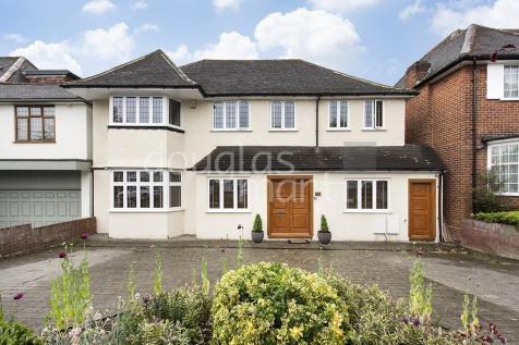Downage, London NW4. 5 bedroom detached house