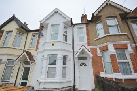 Montagu Road, Hendon. 4 bedroom terraced house