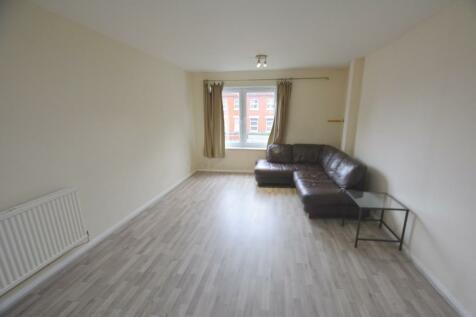 Church Road. 2 bedroom flat