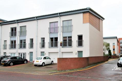 Thorter Way, Dundee, DD1 3DF. 4 bedroom town house for sale
