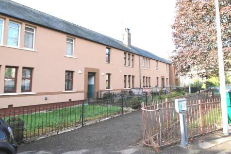Fleming Gardens South, Dundee, DD3 7NE. 2 bedroom flat