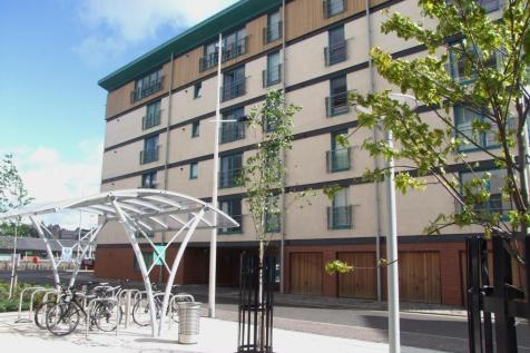 Panmure Court, Dundee, DD1 3BH. 2 bedroom flat