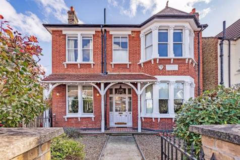Mitcham Lane, London. 6 bedroom house for sale
