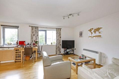 Wallace Court, Balham High Road, London. 2 bedroom flat