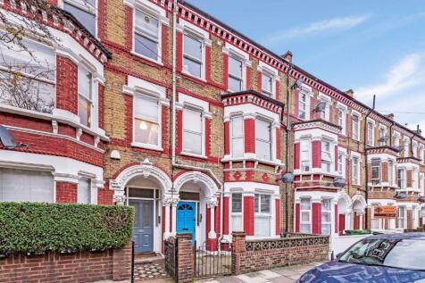 Tremadoc Road, London. 2 bedroom flat
