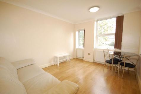 Lascotts Road N22. 2 bedroom flat