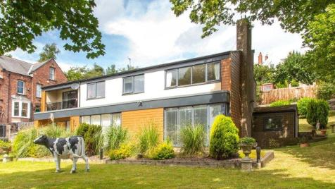 Flambard, Durham, DH1. 4 bedroom detached house