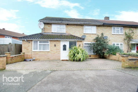 Wildwood Lane, Stevenage. 4 bedroom semi-detached house for sale