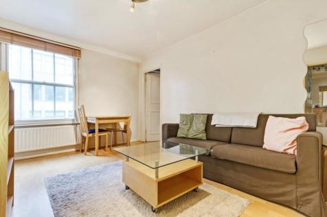 Commercial Street, The City. 2 bedroom apartment