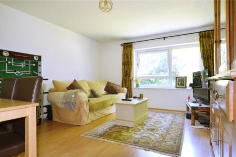 Ruskin Court, 4 Champion Hill, London, SE5. 2 bedroom apartment