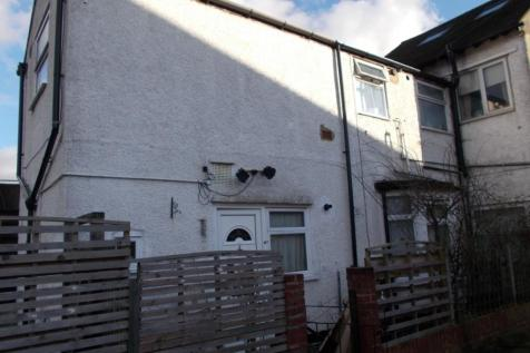 Whippendell Road, Watford, Hertfordshire, WD18. 1 bedroom flat