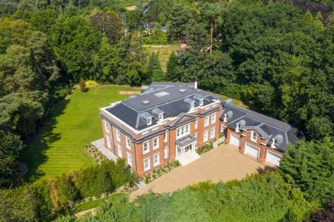 Pipers End, Wentworth Estate, Virginia Water. 6 bedroom detached house