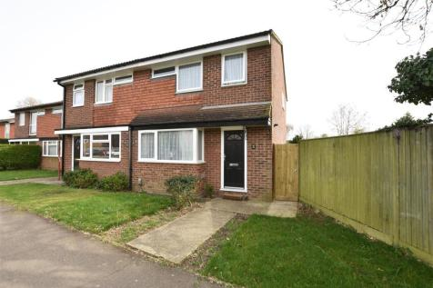 Carters Rise, Calcot, Reading. 3 bedroom semi-detached house for sale