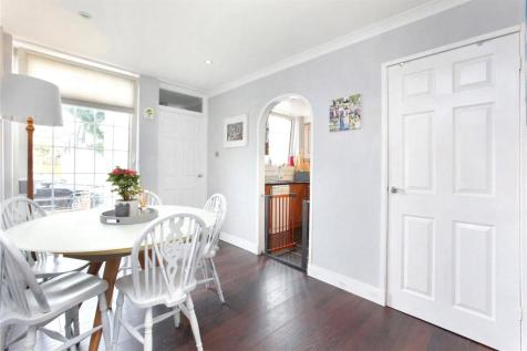 Lammermoor Road, Balham, London, SW12. 3 bedroom terraced house for sale