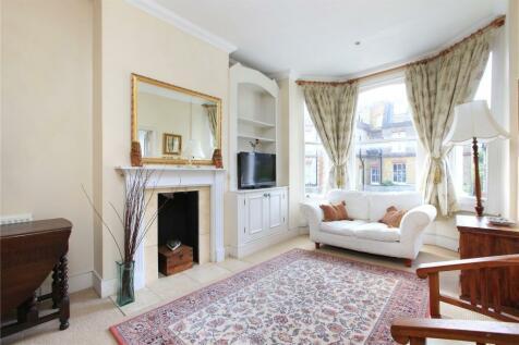 Vardens Road, Battersea, London, SW11. 1 bedroom flat