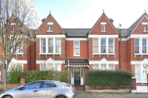 Yukon Road, Clapham South, London, SW12. 2 bedroom flat