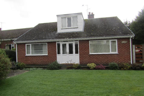 Overton Road, SY11. 4 bedroom detached bungalow