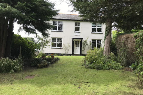 SY10. 5 bedroom detached house