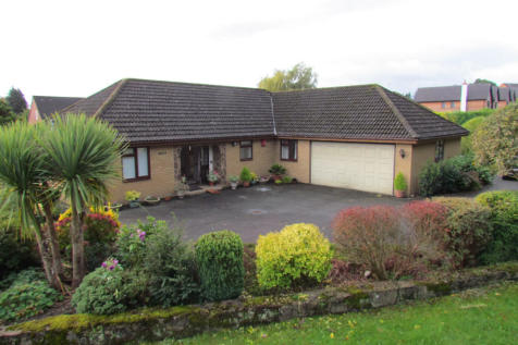Bronygarth Road, SY10. 3 bedroom detached bungalow for sale
