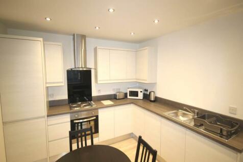 26-30 Sunbridge Road, City Centre, Bradford. 2 bedroom flat
