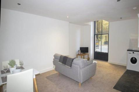 Law Russell House, Vicar Lane, Bradford. 1 bedroom flat