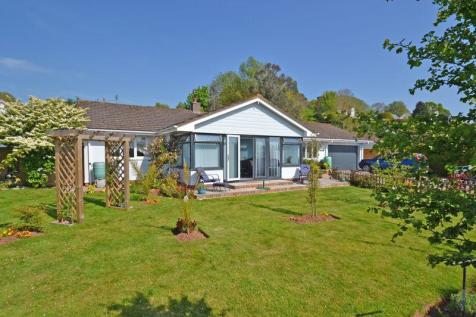 Harpford, near Sidmouth. 3 bedroom detached bungalow