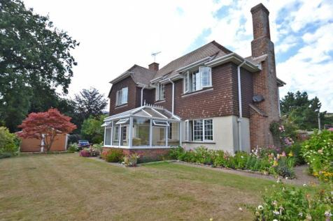 Seafield Road, Sidmouth. 3 bedroom detached house