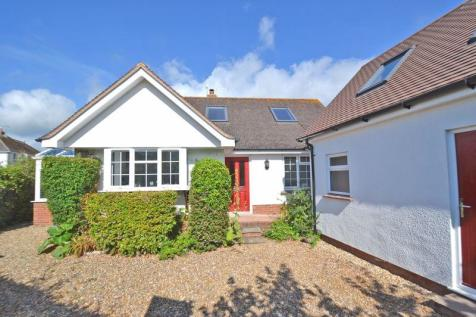 Coulsdon Road, Sidmouth. 3 bedroom detached bungalow