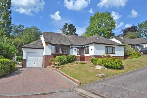 Bramble Close, Sidmouth. 2 bedroom detached bungalow