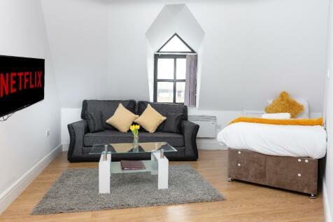 Westgate, Peterborough, PE1. 1 bedroom flat