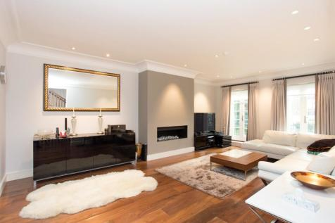 Kensington Green, W8. 5 bedroom house