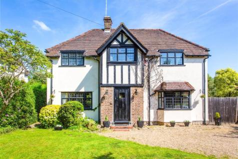 Oak Tree Close, Stanmore, HA7. 4 bedroom detached house