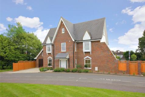 Allum Lane, Elstree, Borehamwood, Hertfordshire, WD6. 5 bedroom detached house
