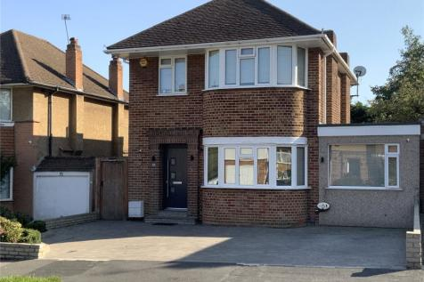 Silverston Way, Stanmore, HA7. 4 bedroom detached house