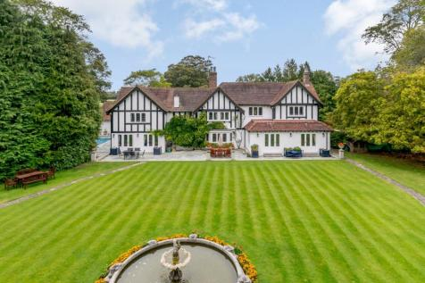 Chesham Road, Hyde End, Great Missenden, Buckinghamshire. 6 bedroom detached house for sale