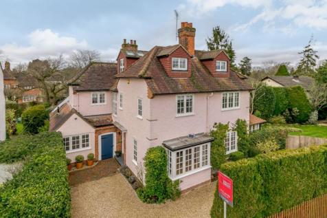 Milton Avenue, Gerrards Cross, Buckinghamshire. 5 bedroom detached house for sale