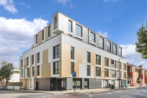 Junction Road, London, N19. 2 bedroom flat