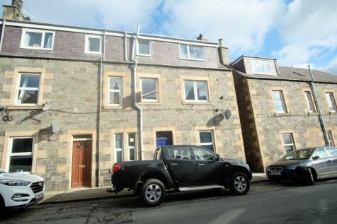 69 Saint Andrew Street, Galashiels, TD1 1DZ. 3 bedroom maisonette