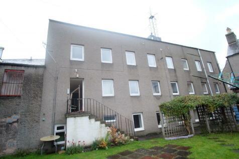 Flat 2, 16A Hall Place, Galashiels, TD1 1PH. 5 bedroom flat