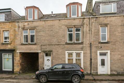 34 St John Street, Galashiels, TD1 3JX. 3 bedroom terraced house for sale