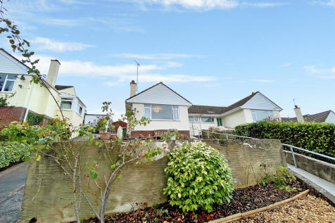 Ashburton, Devon. 2 bedroom semi-detached bungalow