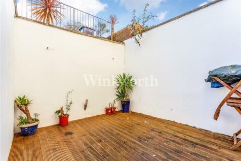 Woodstock Avenue, Golders Green, London, NW11. 1 bedroom apartment