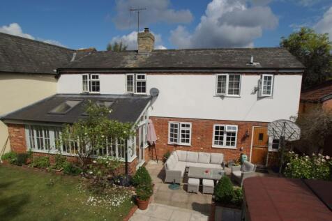 Bulmer Road, Sudbury, Suffolk, CO10. 4 bedroom character property