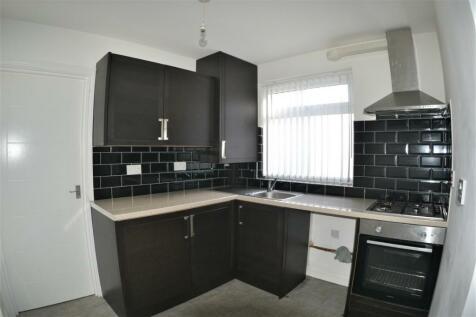 Crescent Road, Middlesbrough, Cleveland, TS1. 1 bedroom ground floor flat