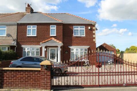 Hartlea Avenue, Darlington. 4 bedroom semi-detached house