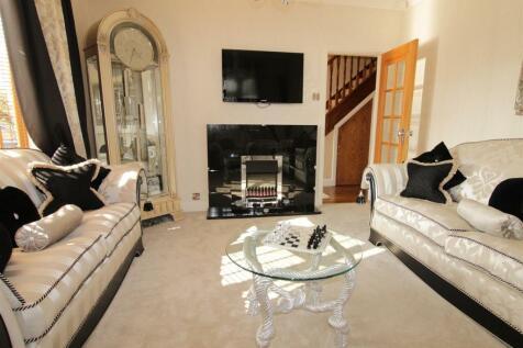Yarm Road, Darlington. 4 bedroom semi-detached house for sale