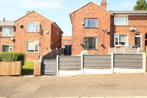 Waverley Street, Oldham, Greater Manchester, OL1. 2 bedroom semi-detached house