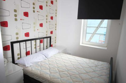 The Albermarle, Marine Parade, Brighton. 2 bedroom flat