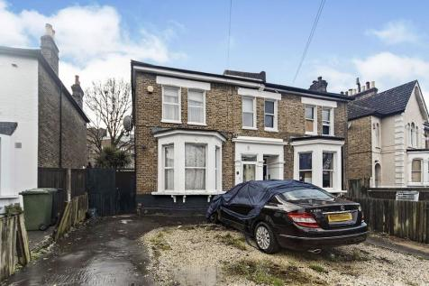 Barmeston Road, London, SE6. 3 bedroom semi-detached house